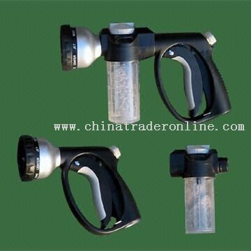 Hose Adapter with Wash Solution Reservoir