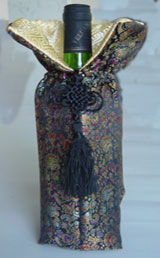 Traditional Chinese cloth style wine carrier
