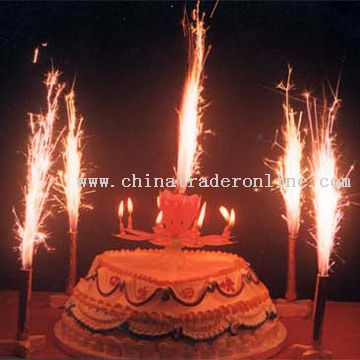 Cake Firework Candle Model No.:CTO1744 Description: Features: 1) Gives