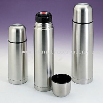 Vacuum Flask with Pushing Stopper