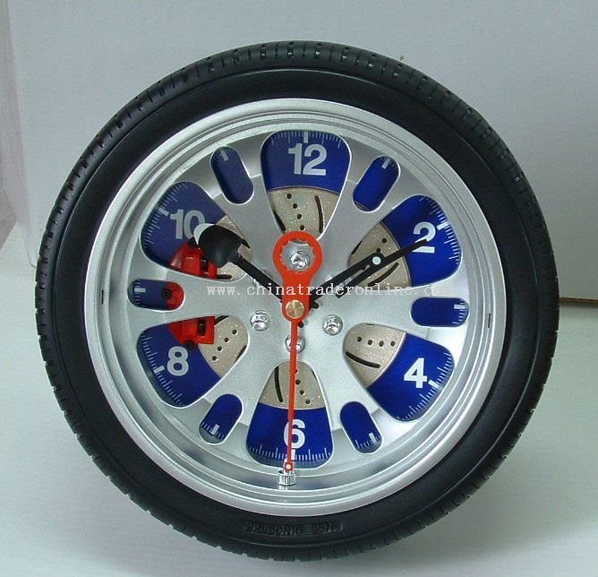 Wheel Wall Clock With Wire Stand