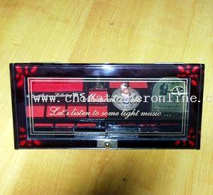 High triangle musical box