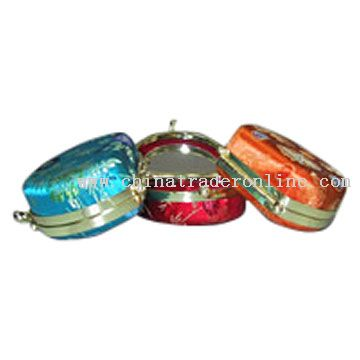 Half-Round Cosmetic Carry Cases