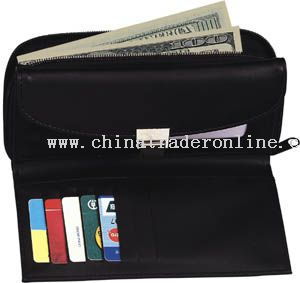 Zipround wallet with lock