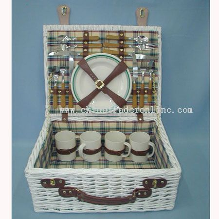 Willow picnic basket with cotton fabric from China