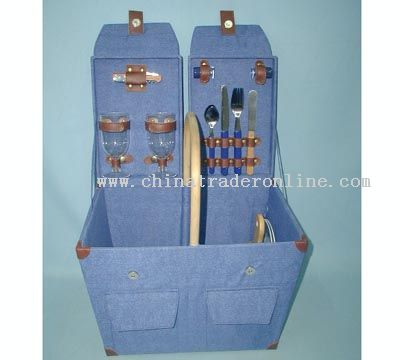 Wooden picnic box