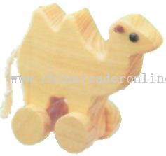 Wooden CAMEL ON ROLL Toys