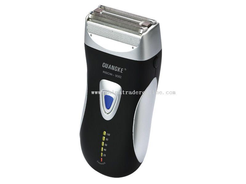Dual-foil blade rapid reciprocating Shaver