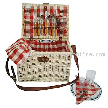 Willow Picnic Basket for 2 Persons