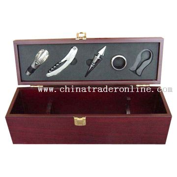Wine Accessories Gift Set