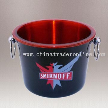 Double-Wall Ice Bucket with Stainless Steel Outer Layer and Plastic Inner Layer
