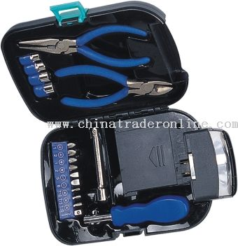 Multi-Functional tool set/flashlighter