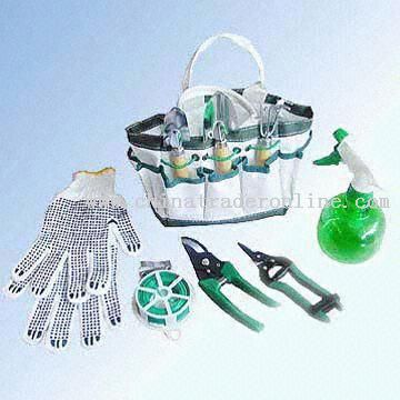 8-Piece Plastic/Wooden-Handled Garden Tool Set with Nylon Bag