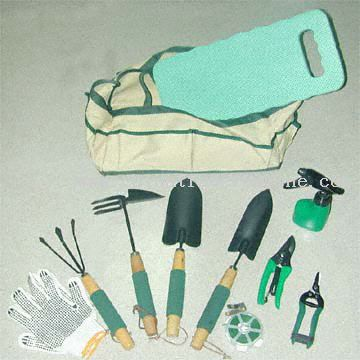 Complete 10-Piece Garden Tool Set in Nylon Bag