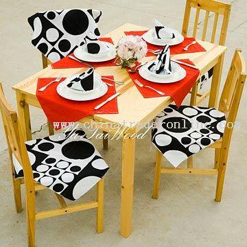 Jonas Table W. 4 Chairs