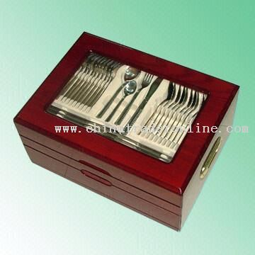 113-piece Stainless Steel Cutlery in Wooden Case Packaging