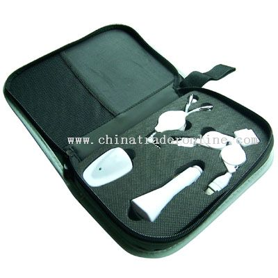 iPod Compatible Retractable Travel Kit