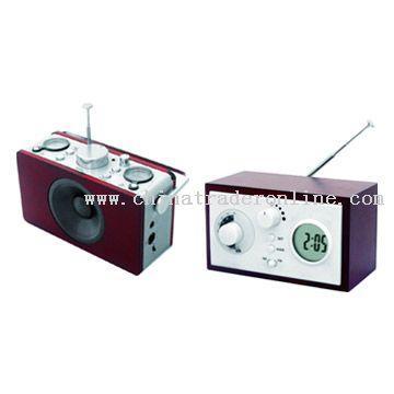 AM/FM Radio with Multifunction Alarm Clock