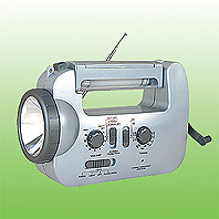 DYNAMO EMERGENCY TORCH RADIO