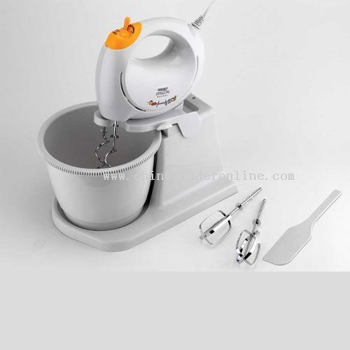 Hand mixer with rotray bowl