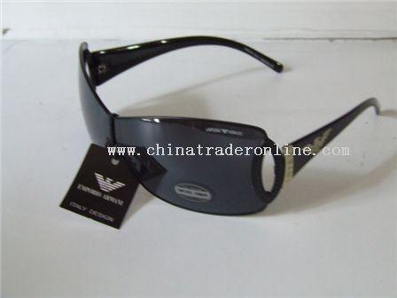 gucci,armani,lv,D&G,Prada,Ray Ban,cartier,dior,fendi sunglasses