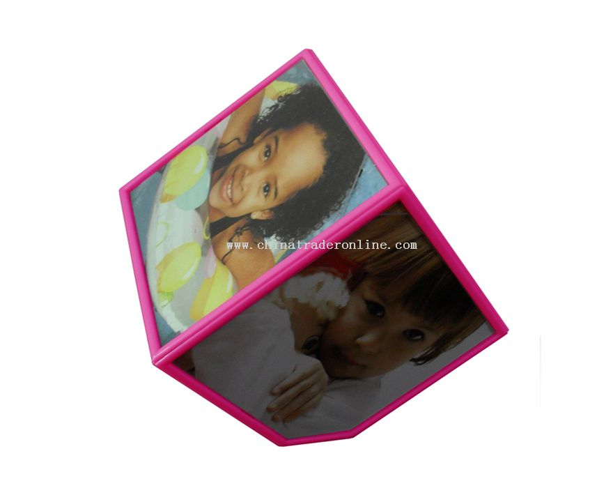 Rotating cube photo frame pink