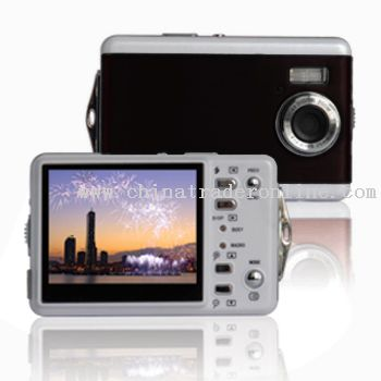 12Megapixels Digital Camera with 2.5 inch LCD