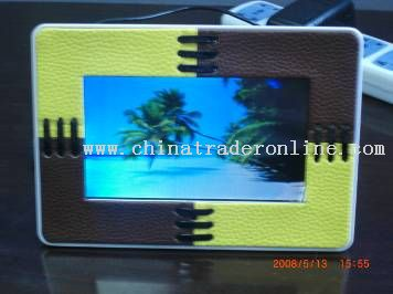 Leather Digital Photo Frame in 7 Inch