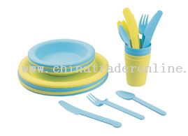 24 PC Picnic Set