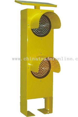 Vertical Type Solar Traffic Light