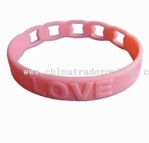 Novel silicone bracelet