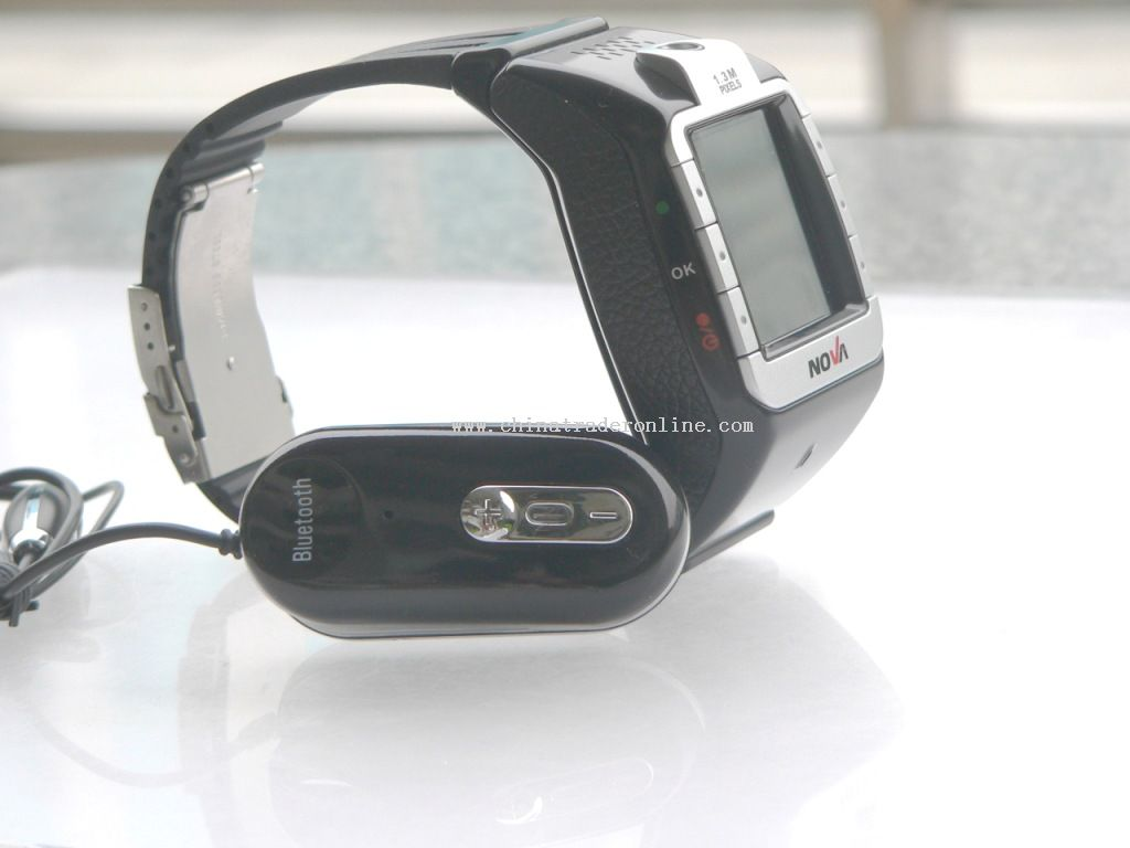 watch mobile phone with camera and 512MB T-Flash Card