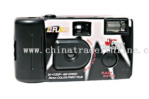 35mm Reusable Camera with Built-in Flash