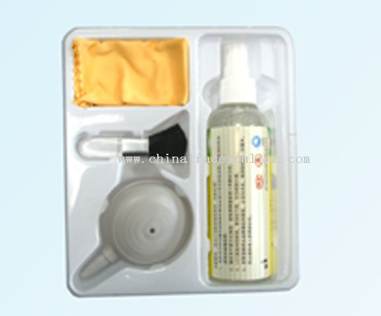 Screen Cleaning kit with 4 items