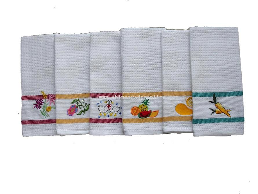 Kitchen towel with emroidery