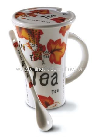 Tea mug (0,30 litre) with lid and teaspoon in a gift box.