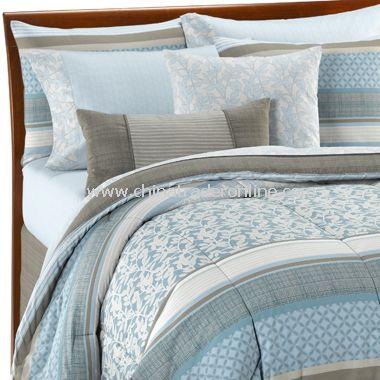 Modern House Decorating Design Ideas: Light Blue Comforter Sets