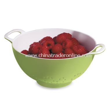 Green/White 24-Ounce Melamine Berry Colander