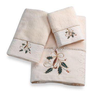 Lenox Ribbon and Holly Towels, 100% Cotton
