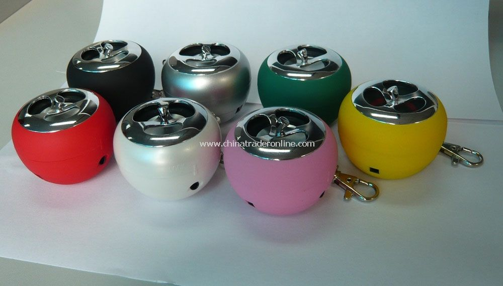 mini speaker with keyring