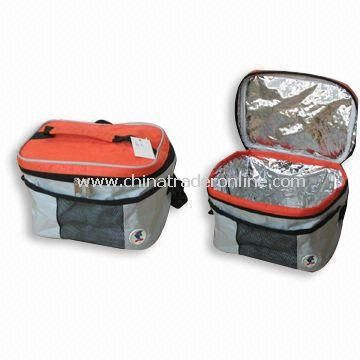 Cooler bag with foam padding and reflective aluminum lining