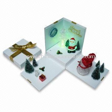 Christmas Gift Box with Color Changing LED Light, Measures 13 x 13 x 15.5cm from China