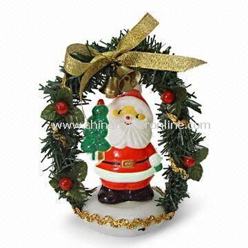 4-inch High USB Color Changing Santa with Wreath, Made of Plastic