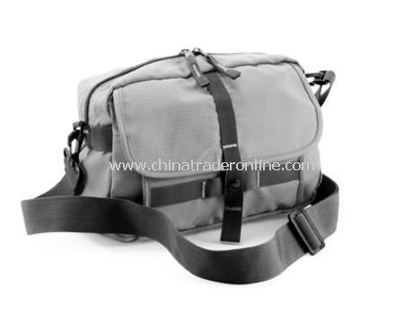 Exploreri Shoulder bag