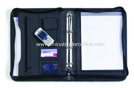 Diplomat conference folder, A4, with a four ring mechanism, zip and carry handle, boxed