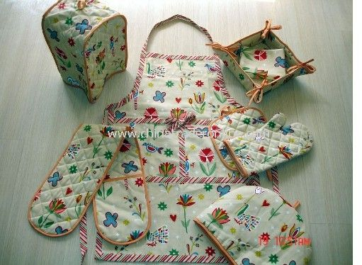 Kitchen Set-Pot Holder, Oven Mitten, Apron