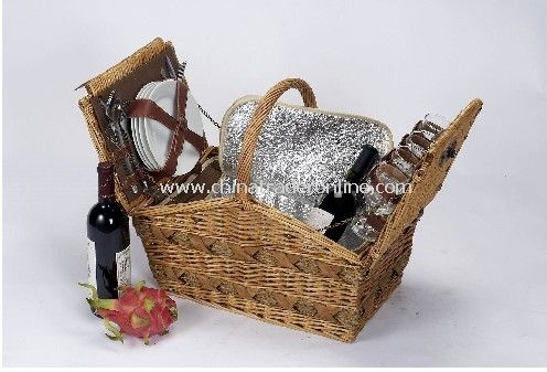 Willow Picnic Basket for 4 Person With Cooler Bag from China