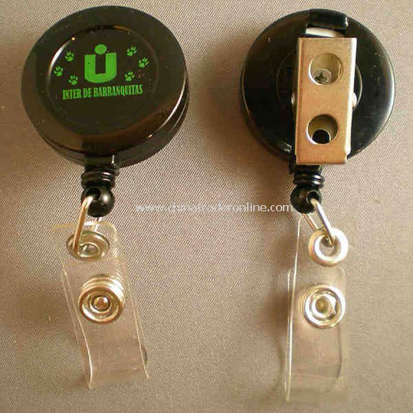 Retractable badge holder with swivel bull dog clip
