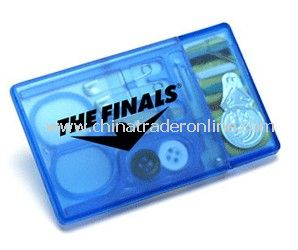 Credit Card Size Sewing Kit w/13 Components