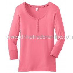 District Threads Junior Ladies 3/4-Sleeve Perfect Weight Scoop Henley
